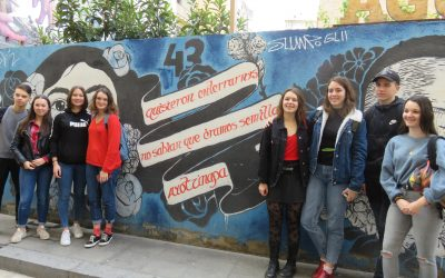 Štiri dijakinje gimnazije Skupaj v Badaloni oz. Skupaj v Evropi